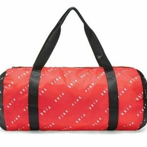 VS PINK Red Duffel Tote Shopping Beach Bag Zipper